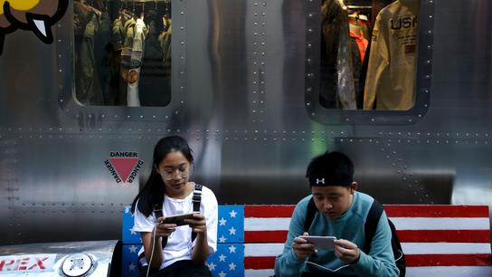 US, China hike tariffs as trade row intensifies