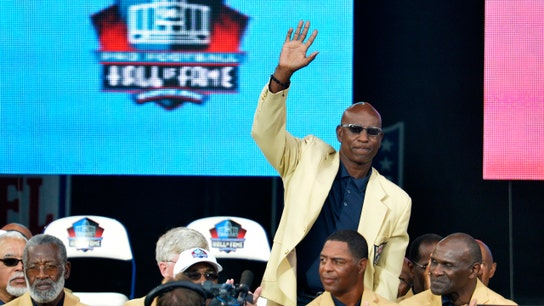 Pro Football Hall of Famer Eric Dickerson clarifies demands for health care, salaries