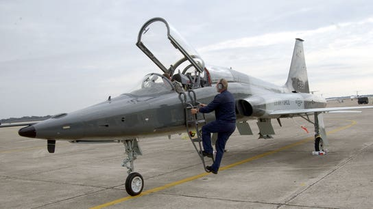 Boeing wins $9.2 billion Air Force contract to build training jets
