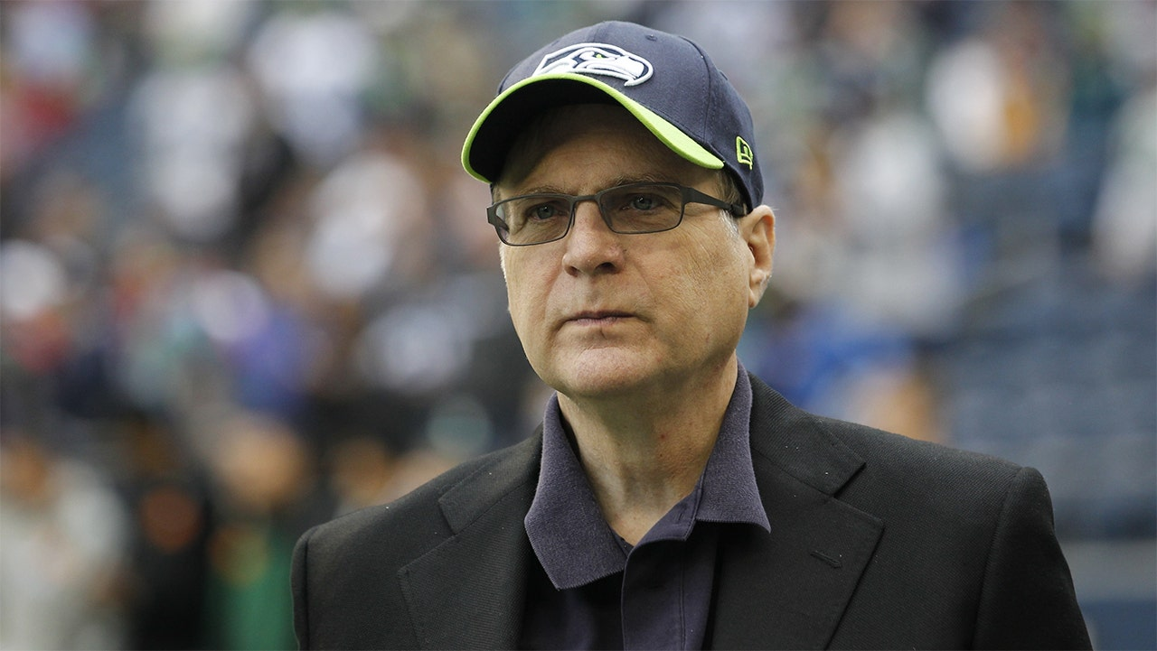 Paul Allen's California mansion sells for $35M, tops Steph Curry's home price