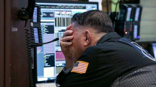 US stocks plunge on weak tech company earnings