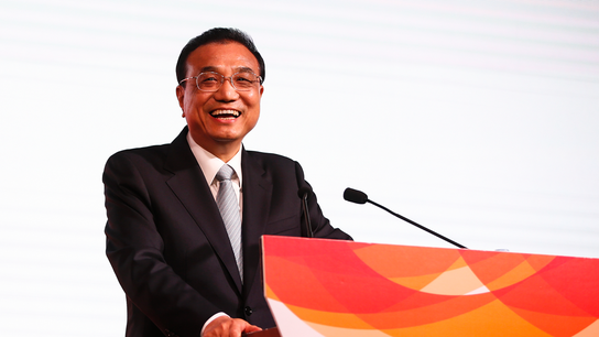 China's premier reassures region on growth, South China Sea