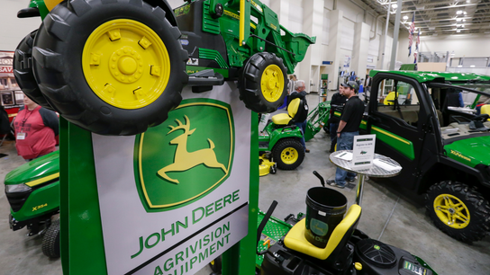 Deere profit soars as company lays out upbeat outlook