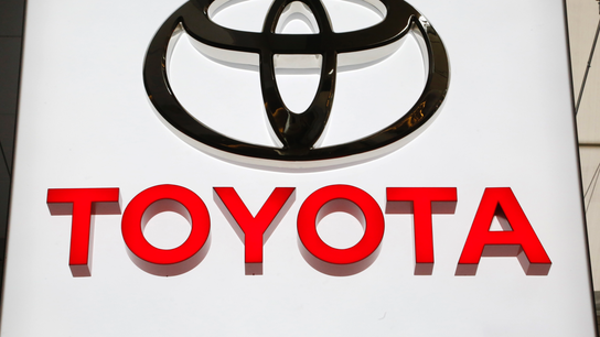 Toyota recalls over 1M vehicles to fix air bag problem