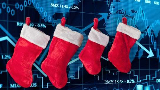 Holiday gift ideas: Stuff stockings with stocks so kids learn key lesson
