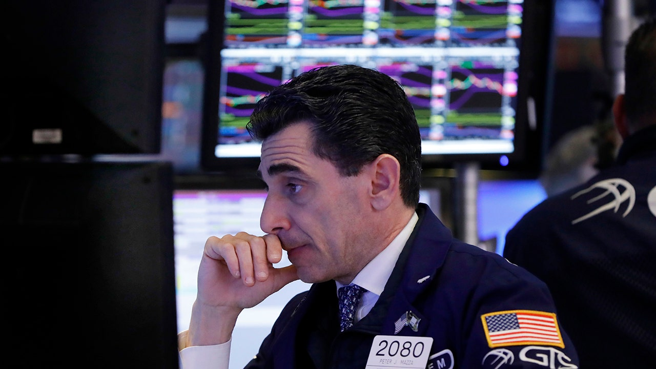 Stocks tumble as virus spread quickens