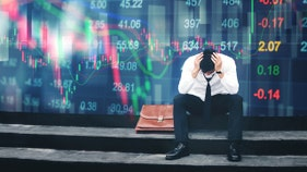 Recession obsession? Yale economist predicts chance of downturn in 2020