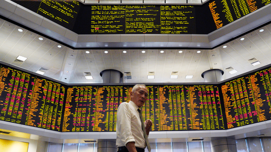 Dow's recovery helps shore up markets around the world