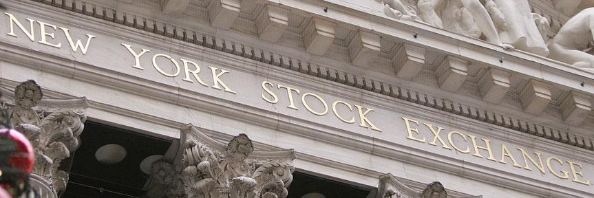 US stocks rise, oil surges on tanker attacks