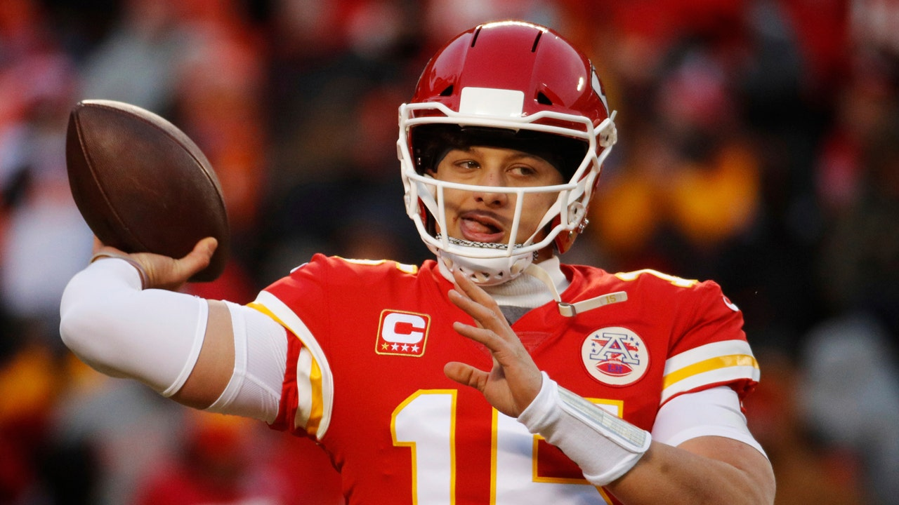 Chiefs Star Patrick Mahomes Could Sign 200m Contract In