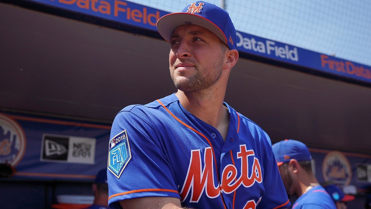 a5062b156 Tim Tebow turned down AAF offer to pursue baseball