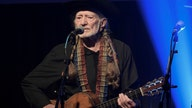 Willie Nelson has given up smoking — but he's still getting high