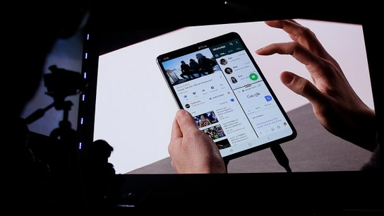 Samsung's new foldable phone will become the latest trend, tech analyst says
