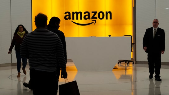 Amazon workers in Chicago accuse company of withholding overtime pay during Prime Week