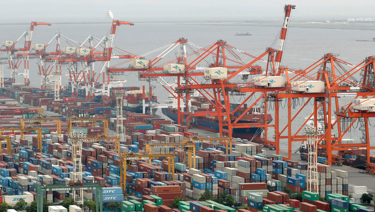 Japan's exports fall 8.4 pct in Jan, hit by China slowdown