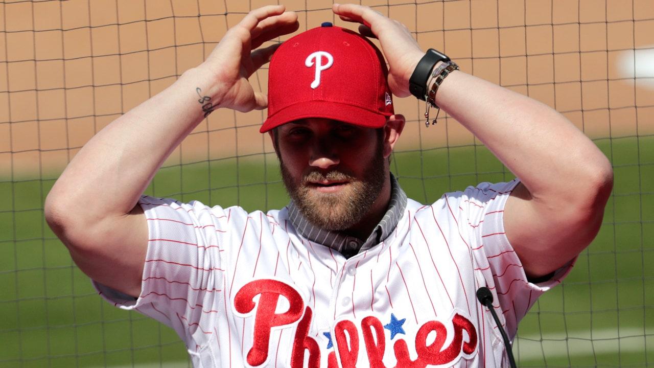 promo code afcde 01966 Bryce Harper Phillies jersey broke sales record, online ...