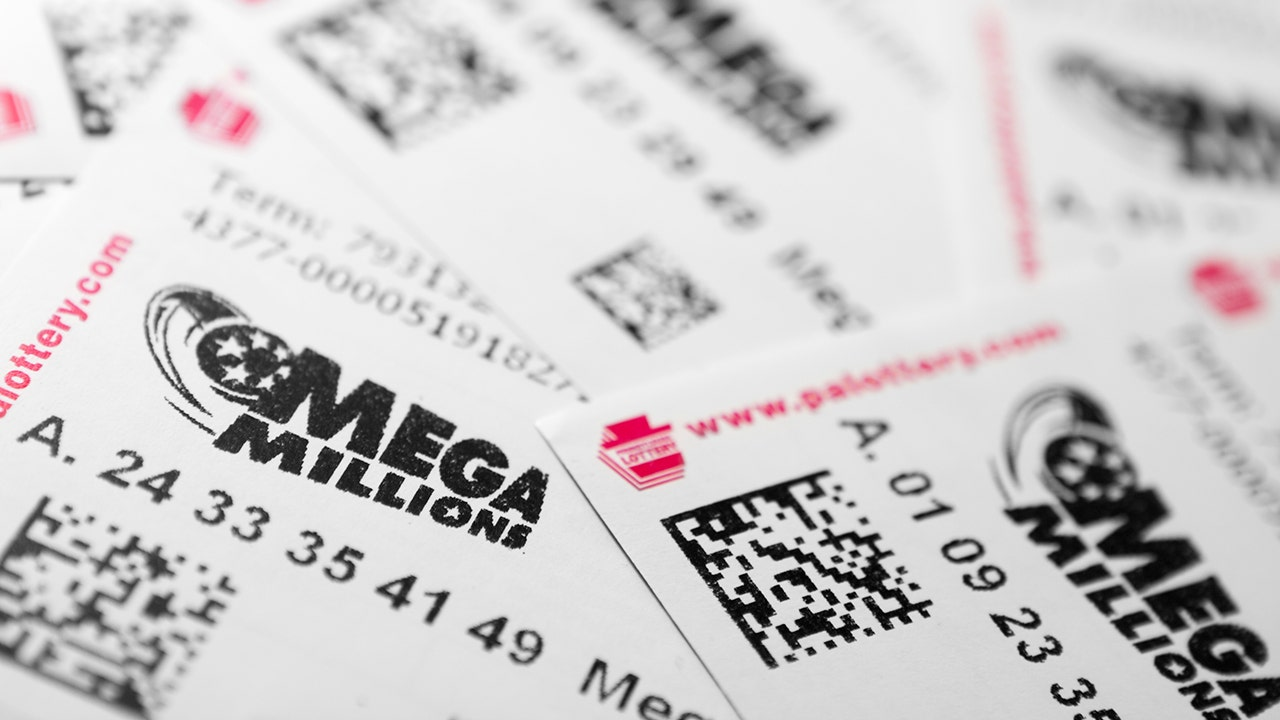 Mega Millions Jackpot Hits 340m But Here S What You Get After Taxes Fox Business