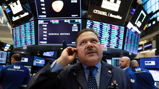 Inverted yield curve a signal to buy: CFRA investment strategist