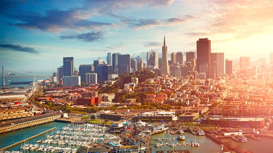 3 Reasons to Retire in a City