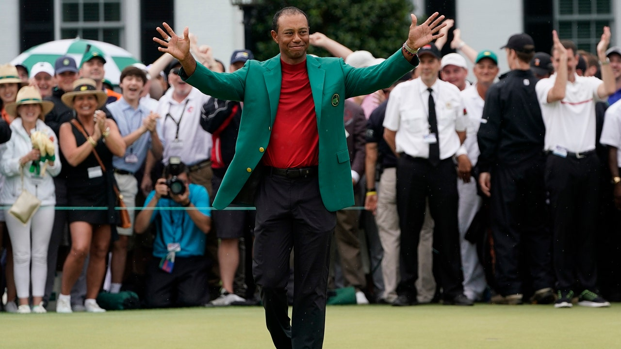 0eb4b7aae3c3d8 Masters Tournament s green jacket  A mysterious sports symbol worth millions