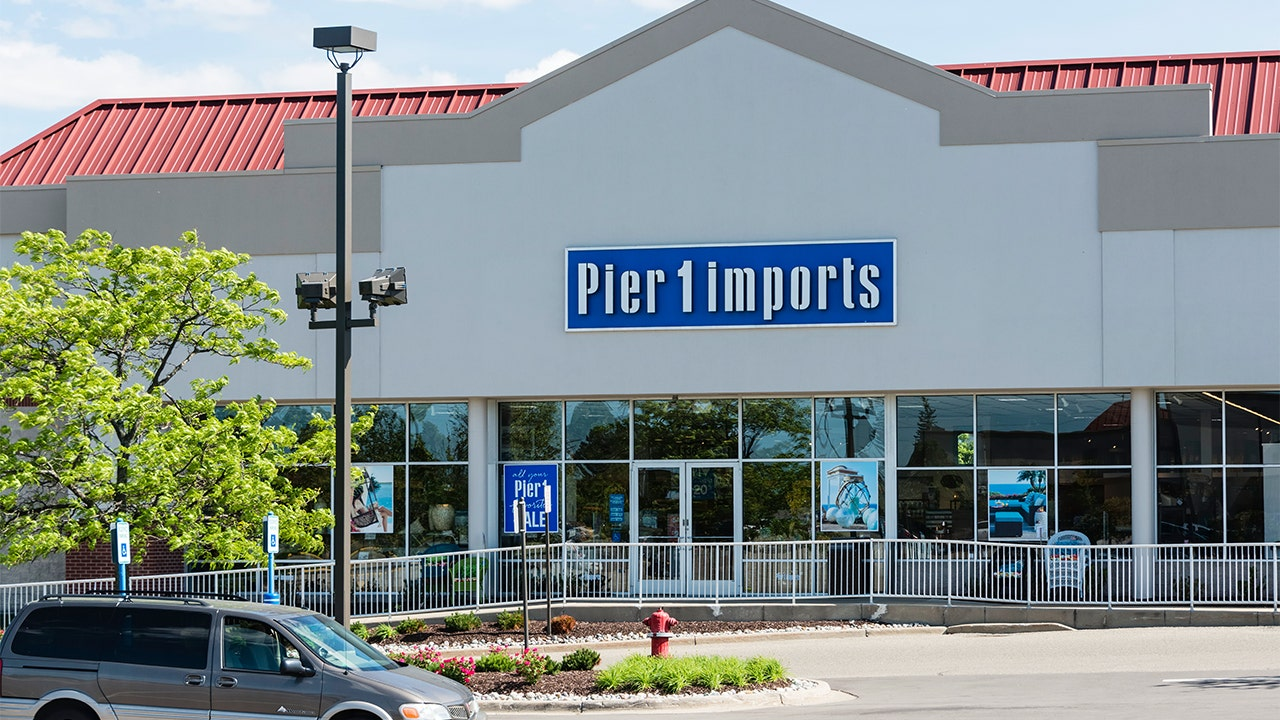 . Pier 1 Imports to shutter 57 stores and possibly more  interim CEO