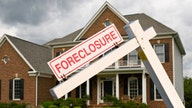 US foreclosures reportedly hit 14-year low