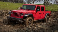 Jeep's new pickup a dealer's dream