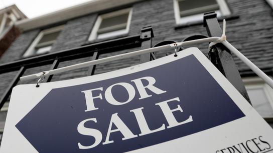 US long-term mortgage rates fall; 30-year average at 4.07%