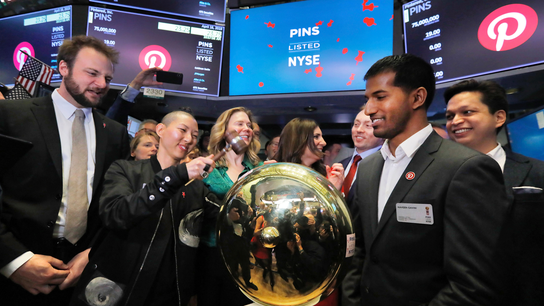 Pinterest reports smaller 1Q loss but results drag stock