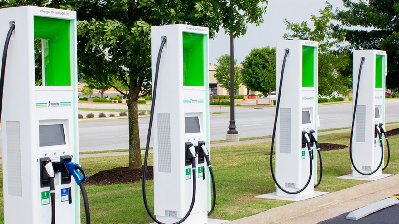 Walmart Adds More Than 120 Electric Vehicle Charging Stations To Us Stores Fox Business,Blue Eyes Warm Chocolate Brown Hair Color