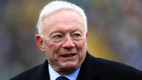 Cowboys owner Jerry Jones spotted leaving ugly Bills game early