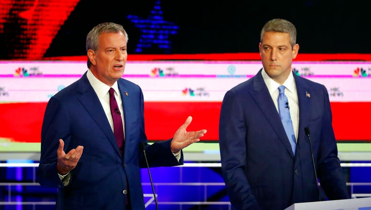 De Blasio, at Democratic debate, calls for 'bold' solutions to address income inequality