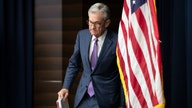 Fed enters chaotic 2020 election year at odds with Trump