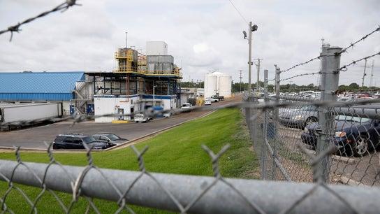 Mississippi factory holds job fair after ICE raids gut workforce