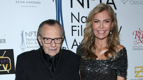 Larry King does it again! Former CNN host files papers for his 8th divorce