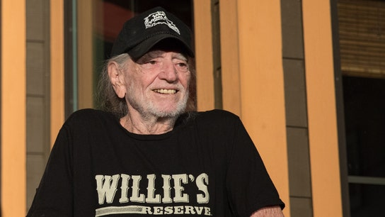 Willie Nelson cancels August tour dates, but not giving up on performing yet