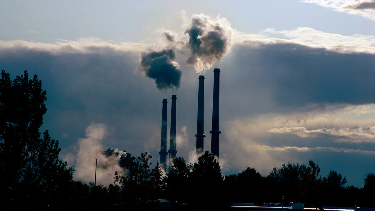Coal-fired power falls record 18% to lowest level since 1975