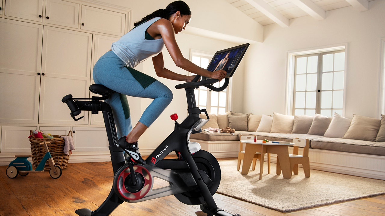 Peloton customers canceling orders after months of shipping delays