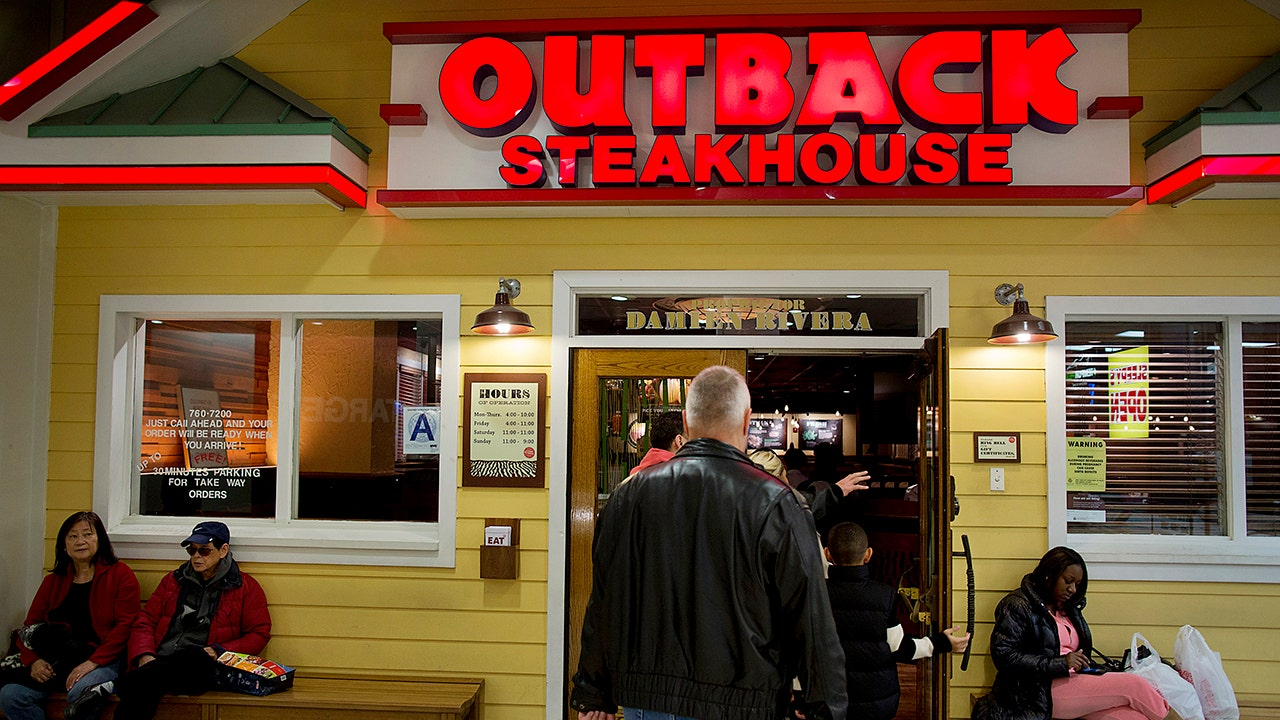 Bloomin' Brands to cut $40M in costs, continues to mull sale