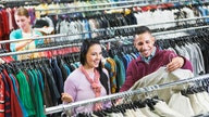 Frugal shoppers dupe retailers, shift landscape