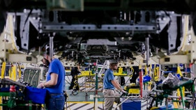US factories give the worst economic omen in a decade