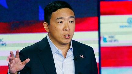 Andrew Yang warns Walmart robots will sideline workers in 'winner-take-all-economy'
