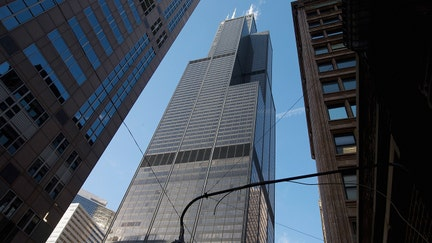 Chicago's Willis Tower receives highest level of green certification