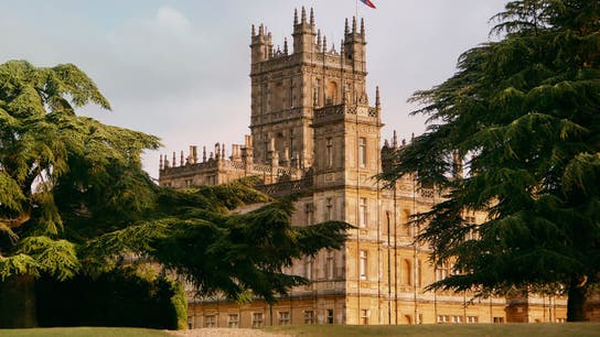 Airbnb helps 'Downtown Abbey' fans hobnob with the real-life Crawleys