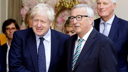 Johnson, Juncker meet in search of a Brexit deal