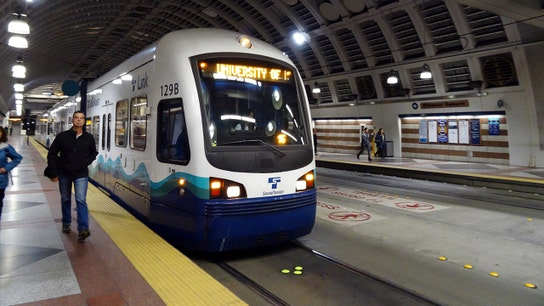 These are the best, worst cities for public transportation: Report