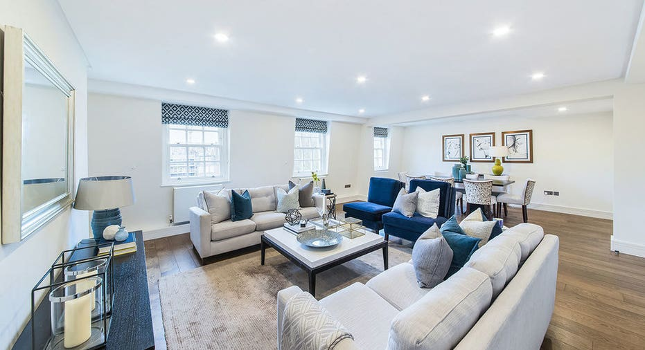 A modern Mayfair, London apartment with access to a \'secret ...