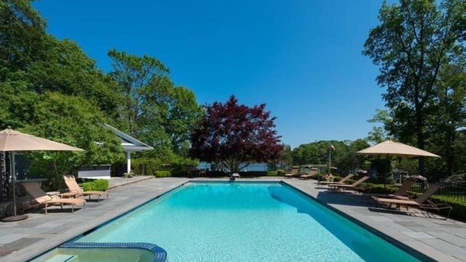 These costs might make you regret buying a swimming pool ...