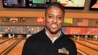 Ex-NFL star Warrick Dunn helps deliver 173rd home to single parent as part of his charity
