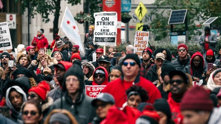 Chicago teachers continue strike despite tentative contract agreement